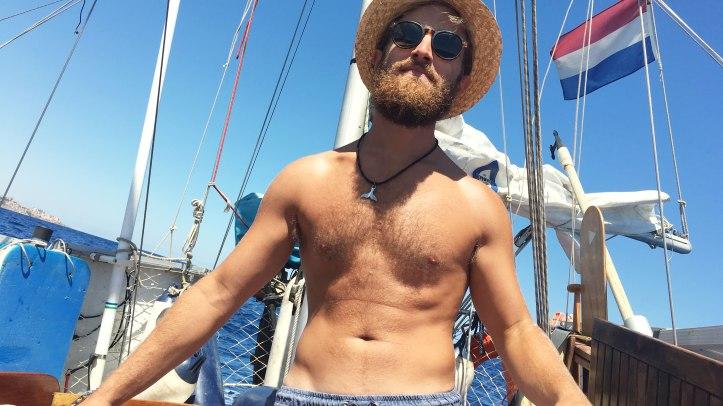 captain-sailing