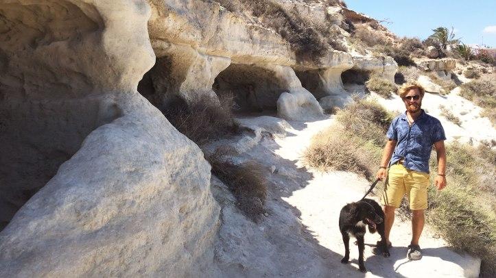 caves-dog